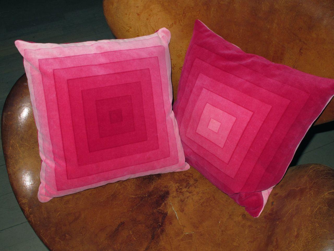 square_velvet_pink_2